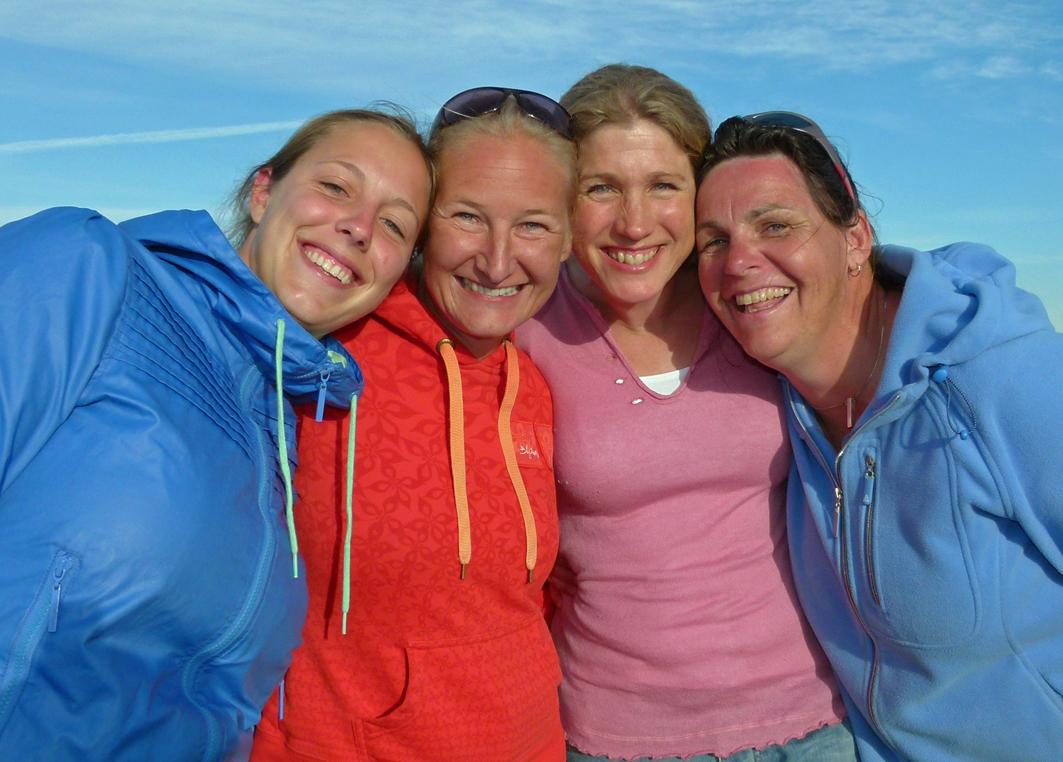 2011 EM Nicky Van Hoof Belgien, Maria Johansen Sverige, Zara Davis England WR 46, 49 knop och Maries Schepers Holland - 2010 - 2014